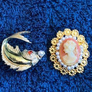 2 Vintage Brooch Pearl Pin & Cameo